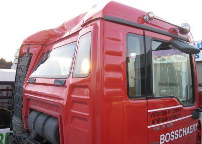 Vrachtwagen carrosserie herstellingen