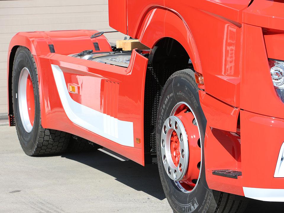 Spuitwerk vrachtwagens en opleggers