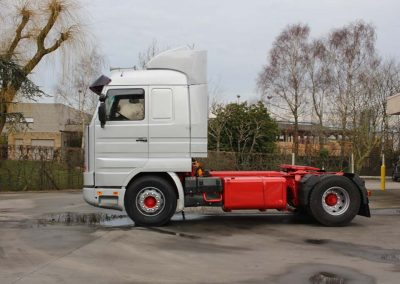 Herspuiten - lakken vrachtwagen - trekker